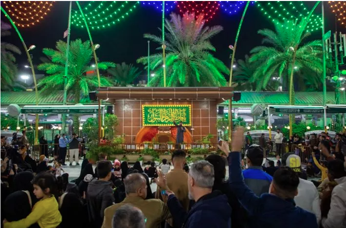 The Department of the Square between the Two Holy Shrines held a poetry celebration on the occasion of the birth anniversary of Lady az-Zahra (peace be upon her).
