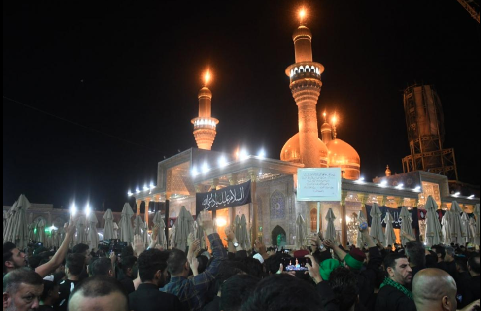 The people of Karbala offer their condolences to Imam al-Kadhem (AS) on the anniversary of the martyrdom of his father, Imam Sadiq (AS)